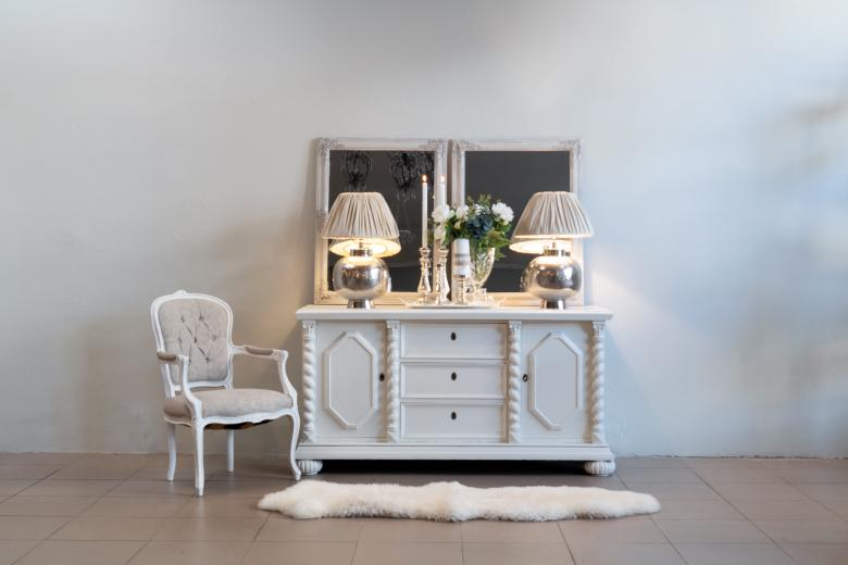 Beautiful white sideboard